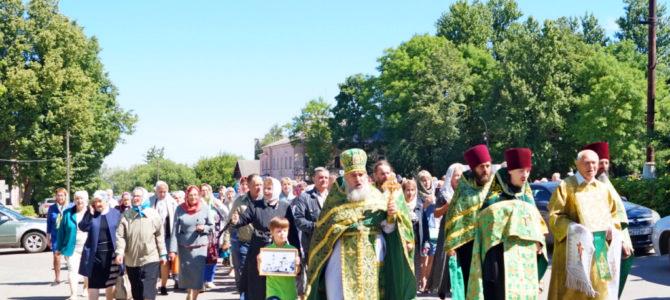 В Невеле прошел Крестный ход к месту разрушенного Спасо-Преображенского монастыря.